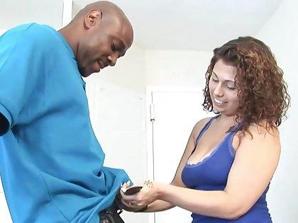 Teen babe seduces older black boyfriend