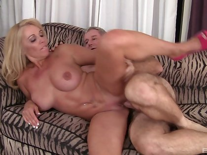 Older couple with MILF Crystal Taylor fucks like good old day's