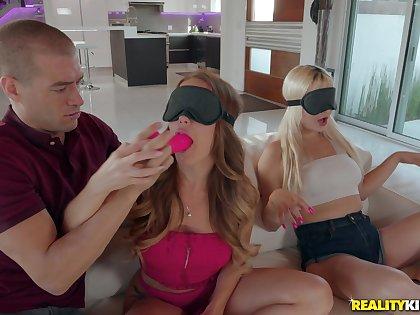 Bitch gets working on best friend's boyfriend