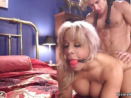 Huge breast Mommy had intercourse in bondage