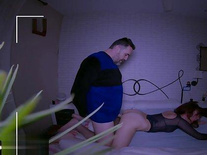 Wife keep on tenterhooks husband fucking an attend on touching a minuscule camera