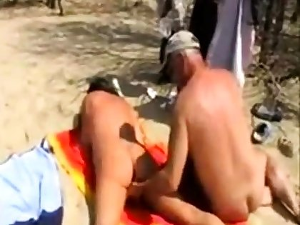 Girl fingered by stranger at be passed on beach