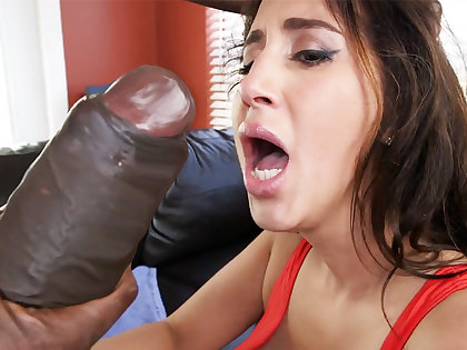 Latina rescuer realize an orgasm from monster dick
