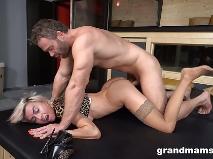 Horny man treats this slim blonde with ruthless sex